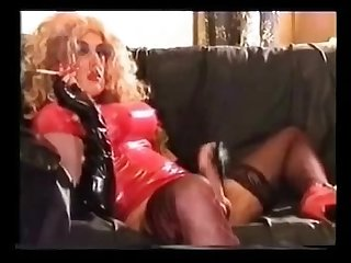 Hot rubber tv loves to Smoke
