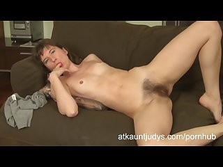 Victoria fingers her wet pussy and gets off