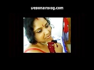 Hot Bengali Indian Sex with Big Butt Bengali Boudi Woman 1 of 2