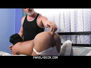 familydick - أبي يغوي الإسبانية طرفة عين