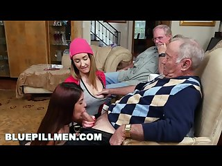 Bluepillmen erectis maximus with Gigi flamez and Sally squirt bpm14938