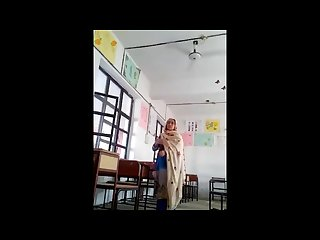Worldfreex Pakistani headmaster doing sex with his young female teacher