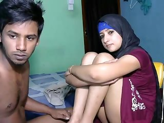 Newly married South indian couple with ultra hot babe webcam show 5