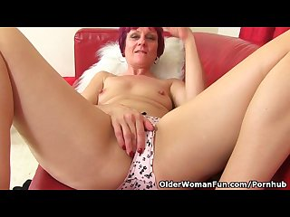 British milf penny can t control her throbbing pussy