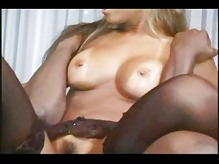 Asian slut not used to huge cock