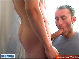 Ricardo hunk guy get sucked his very huge cock by a guy