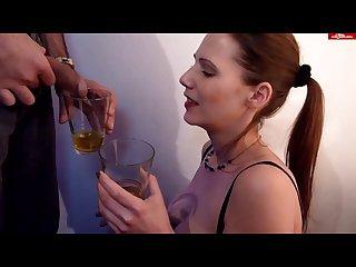 piss drinking viktoria 6