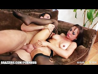 Curious brunette girlfriend cytherea learns that she can squirt