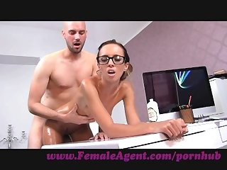 Femaleagent agent gets all oiled up by massuse stud