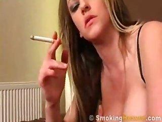 Vickie Smoke and play