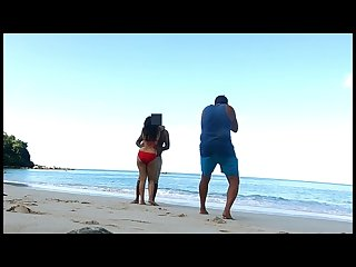 Pankhuri kunaal invites a stranger at beach to take their hot photos