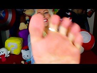 Youtuber feet