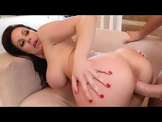 TEENGONZO Stunning MILF Kendra Lust banged by big dick dude