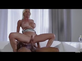Alexis Fawx vs Ricky Johnson : Squirt Session