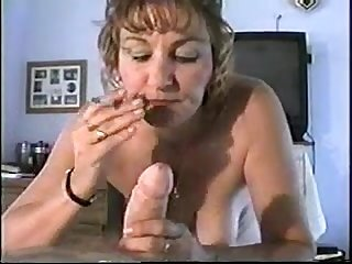 mature hot bitch smoking