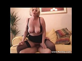Horny mature makes a porno with hookup guy
