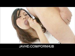 Ryo sasaki asian milf gets a nice ball licking cumshot