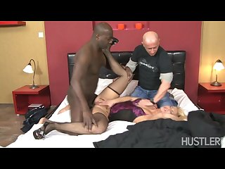 Hubby licks hot wife s pussy as she s pounded by big black cock