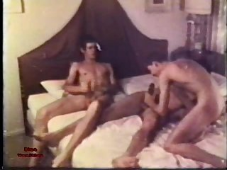 Gay peepshow loops 233 70s and 80s scene 1