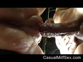 Hardcore sex with girl from casualmilfsex dot com making her to squirt