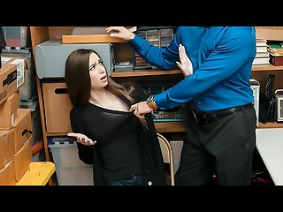 Shoplyfter white girl gets caught stealing