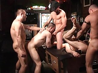 Humpy hour scene 2
