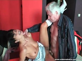 Pretty babe swallows cum after hardcore sex