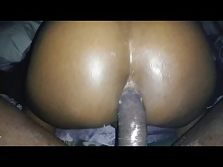 Thick azz riding good big dick