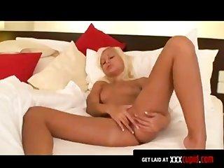 Tanned blonde makes herself cum