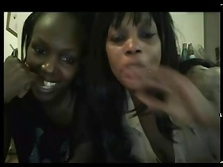 African 2 girls lesbian sucking pussy and squirting
