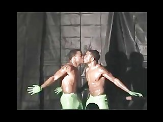 Raw dawg tygar twins strippers02