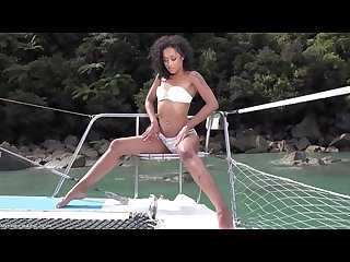 Sail relax explore skin diamond