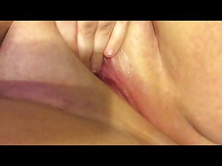 Rubbing my clit and squirting