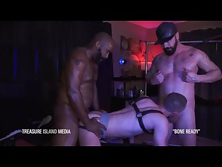Nate Grimes fucked by two huge cocks