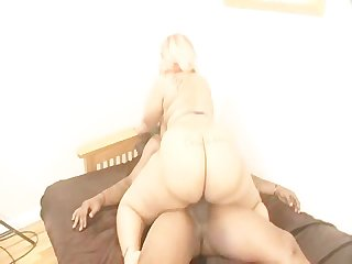 Bbw bootylicious gets fucked