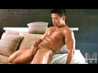 Asian muscle men jerk offs