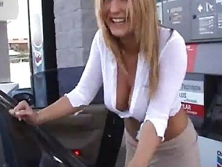 Milf tesing in public