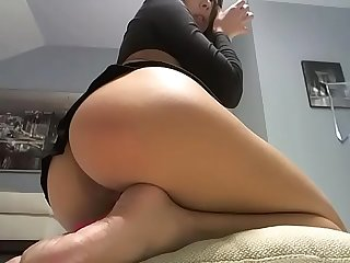 Hot girl mini skirt ass show
