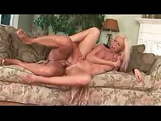 Big boob kelly taylor orgasms loudly for you
