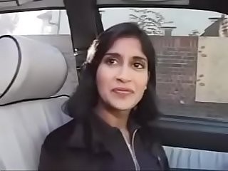 British Indian chick gets picked up and fucked - www.xxxtapes.gq