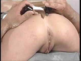 Milf lorraine fucking ass on the table