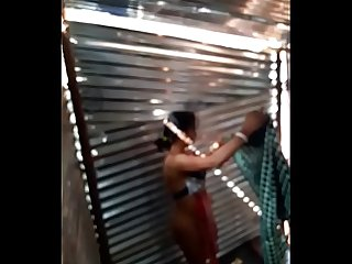 Desi girl maid bath in labour shed new one first upload