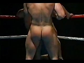 Horny fighters fucking on the ring