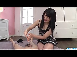 Moka minaduki provides sensual pleasures with her hands