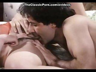 Kelly nichols john leslie in john leslie eats a sassy brunette s pussy