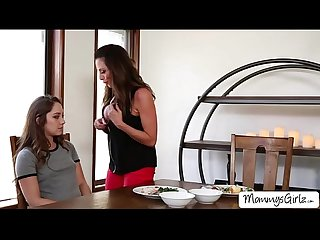 Breakfast with remy and mom ariella turns into wild pussy eating