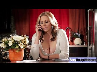 (julia ann) Sexy Mommy With Big Round Boobs Enjoy Sex movie-13