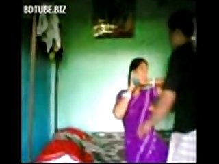 Indian Bangla village bhabhi sex with devar at bedroom - Wowmoyback