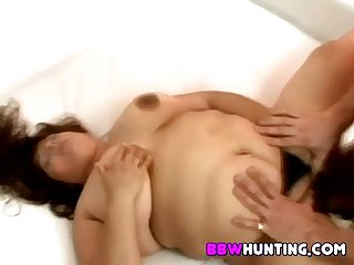 Hairy fat plumper muff banged