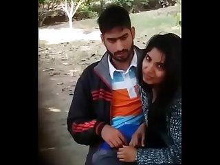 Naina ne park mein lund chusa